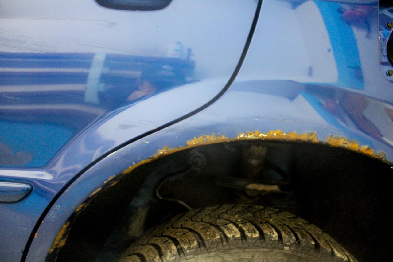 Как удалить ржавчину с кузова автомобиля и как ее покрасить
