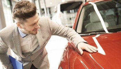 Тонкости покупки нового авто в салоне