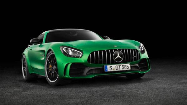 2017-Mercedes-AMG-GT-R-12