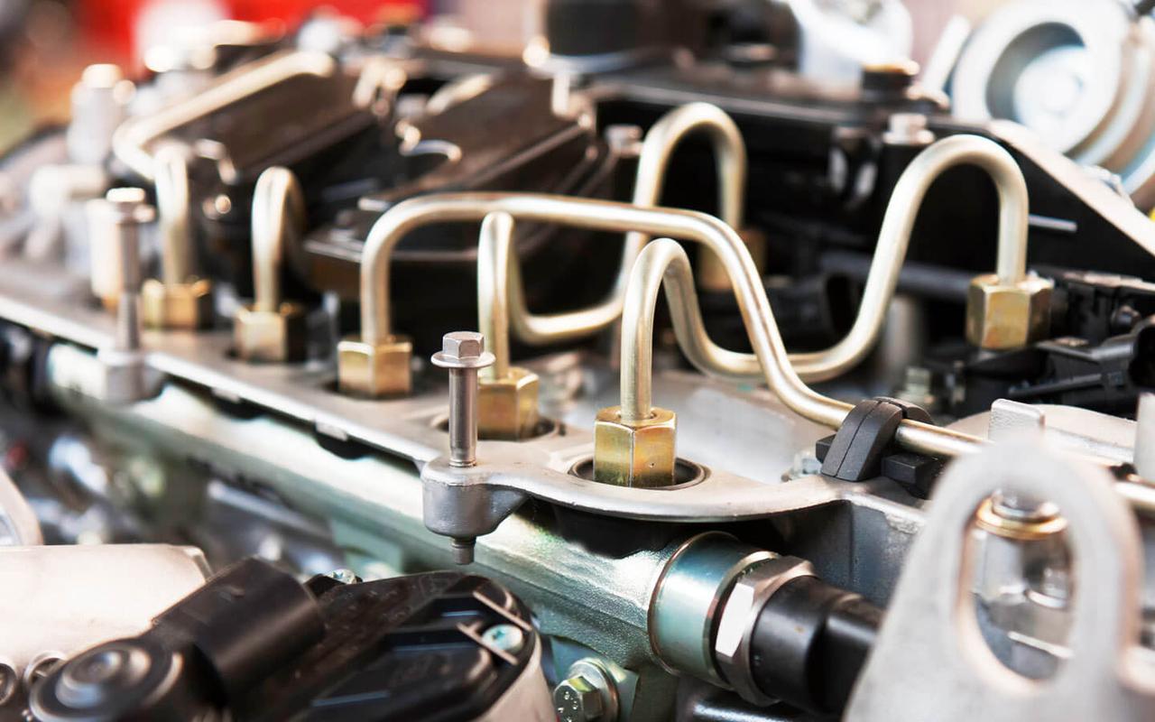 Как частно нужно проводить ремонт топливной системы авто?