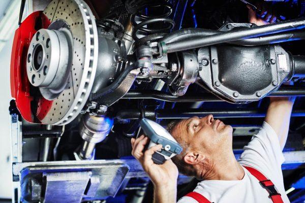 Проведение технического обслуживания автомобиля