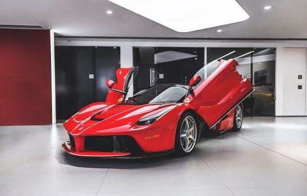 Чем привлекательны автомобили Ferrari?